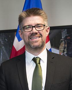 Gunnar Bragi Sveinsson at the Pentagon 2014.jpg