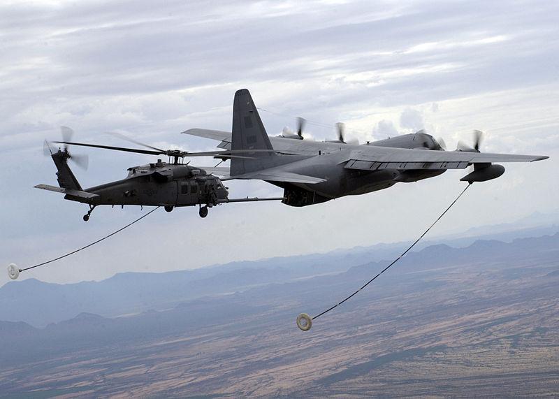 طائرات نقل استراتيجي جديدة من طراز سي ـ 130 جي تنضم للأسطول المصرى قريبا 800px-HC-130P-N_refuels_HH-60G