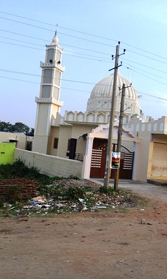 Mananthavady Road - Mosque at Handpost Junction