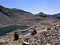 Hautes-Alpes Les Lacs de Crupillouse Randonneurs 082005 - panoramio.jpg
