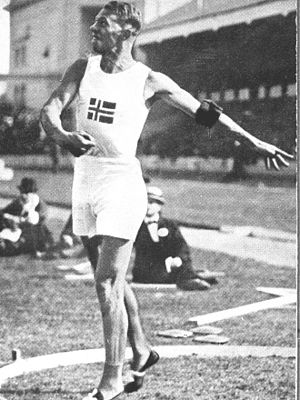 Helge Løvland - Løvland at the 1920 Olympic Games