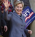 Hillary has registered for the NH Primary (1833061376) (cropped).jpg