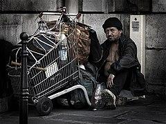 HomelessParis 7032101.jpg