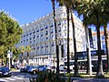 Hotel Carlton Cannes - widok z bulwaru La Croisette Cannes - panoramio.jpg