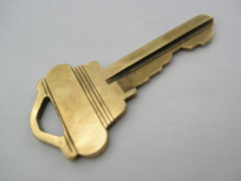 File:House key.jpg