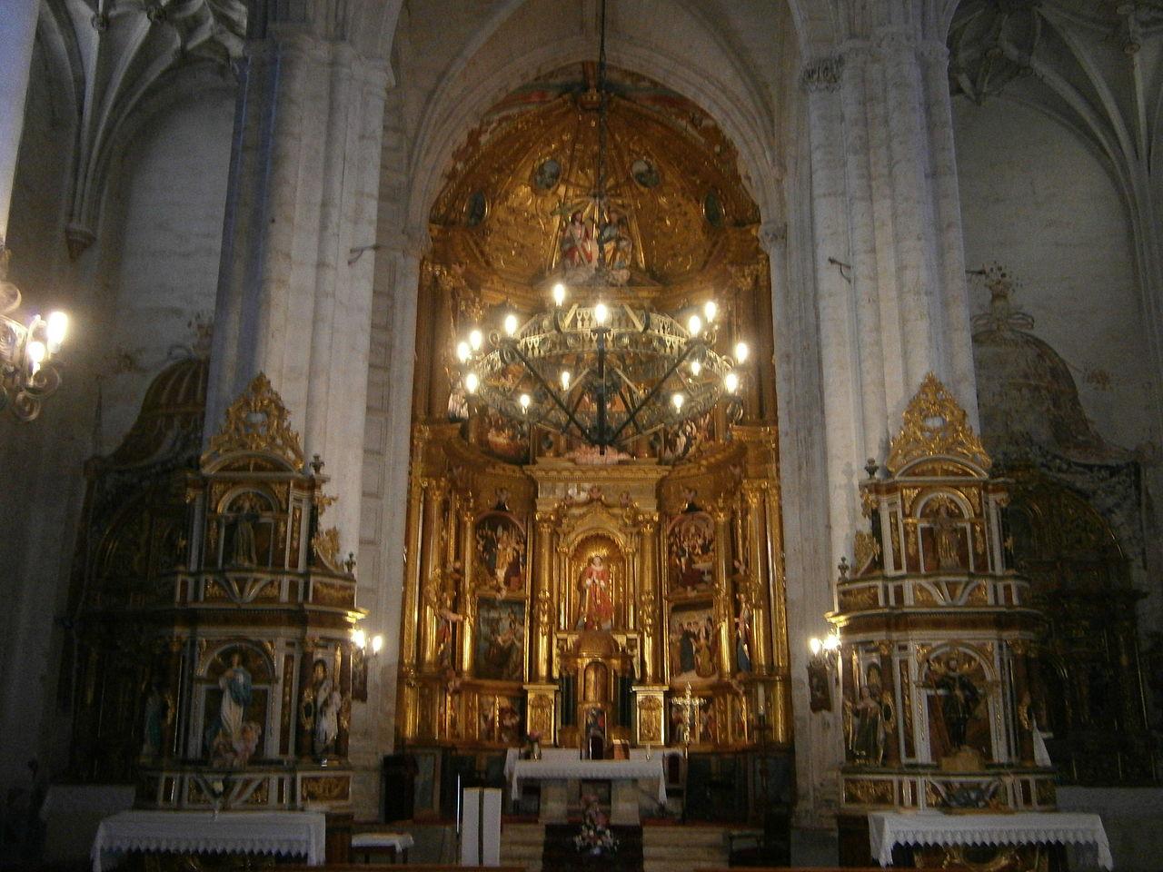 File:Iglesia de San Esteban (Los Balbases) - 8.jpg ...