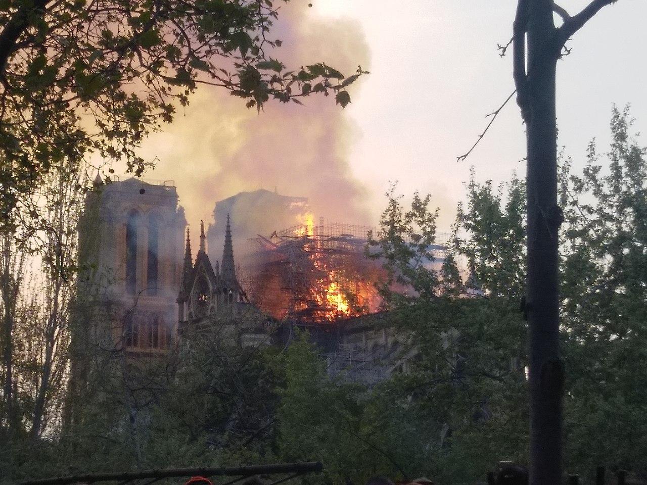 Incendie de Notre-Dame-de-Paris 15 avril 2019 21.jpg
