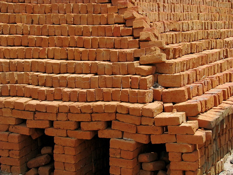 File:India - Sights & Culture - Rural Brick Making Kiln 02 (4040024973).jpg