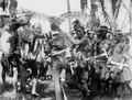 Infödingsdans, s.k. moraego, vid pasanggrahan, Kollawi. Efter foto av W. Kaudern, aug. 1918 - SMVK - 010736.tif