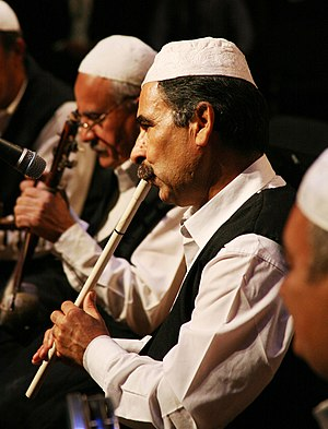 Music of Iraq - Traditional flute player from Iraqi folk troupe