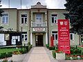Józefów - budynek urzędu miejskiego (3).jpg