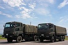 65097ce605fa3 自衛隊用車両として使用される74式特大型トラック