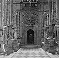 Jeruzalem, oude stad. Heilig Grafkerk toegang tot de H. Grafkapel binnen de An…, Bestanddeelnr 255-1668.jpg