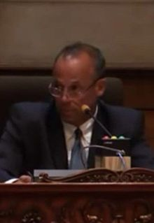 Jim Ardis at city council meeting.jpg