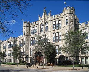 Joliet Central High School - Image: Joliet Township High School 1