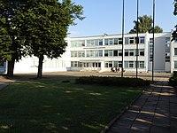 Jonavos Senamiesčio Gimnazija 2014 ryte.JPG
