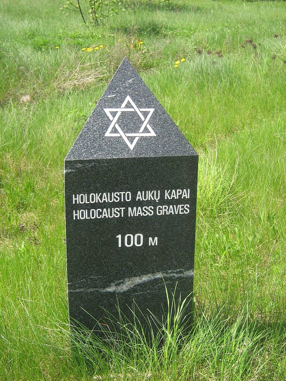 Jonavos holokausto kapai