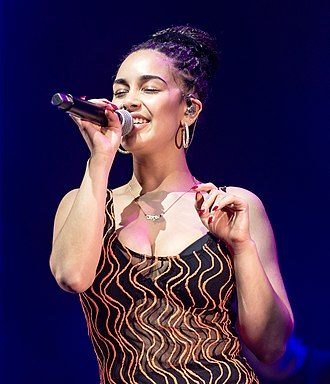 Jorja Smith - Smith performing in Los Angeles in April 2018