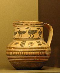 jug with birds