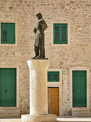 Giorgio da Sebenico - A modern sculpture of the artist created by Ivan Meštrović, placed in front of Cathedral of St. James in Šibenik
