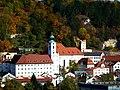 Kath.Benediktinerinnenkloster un Pfarrkirche St.Walburga.JPG