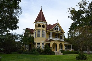 James Riely Gordon - The 1895 J.B. Kennard House by J. Riely Gordon, is a National Register property.