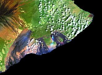 Kīlauea - Simulated true-color Landsat mosaic.