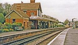 Kingscote station geograph-3722450-by-Ben-Brooksbank.jpg