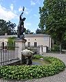 Klein-Glienicke Schloss Neptunbrunnen.jpg