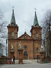 Kościół Wniebowzięcia Najświętszej Maryi Panny w Raciążu (1).jpg