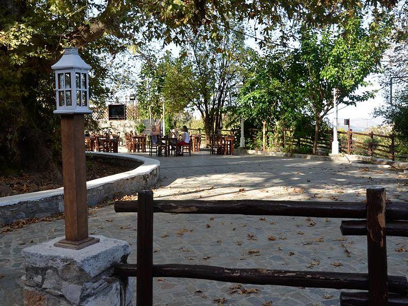 File:Krasi Village.jpg