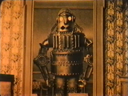 Italian film The Mechanical Man (1921), a movie which shows a battle between robots. L'uomo meccanico 1.png