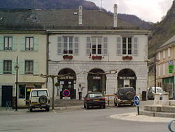 La mairie de Laruns.jpg