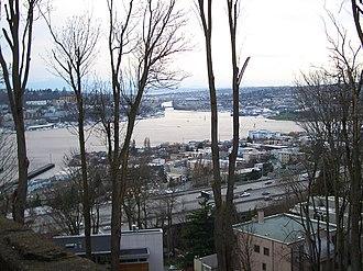 Eastlake, Seattle - Eastlake stretches between I-5 and Lake Union