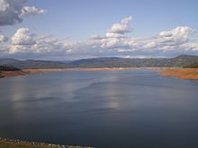 Lake Oroville - Wikipedia