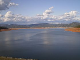 Lake oroville in butte county.JPG