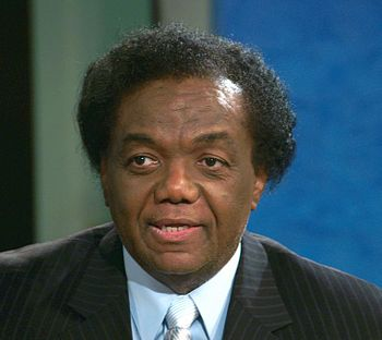 English: This is a photo of Lamont Dozier. He ...