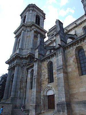 Langres - Image: Langres cathédrale Saint Mammès 2