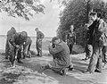 Legermanoeuvres in West Duitsland , soldaten in actie aangetast, Bestanddeelnr 906-7358.jpg