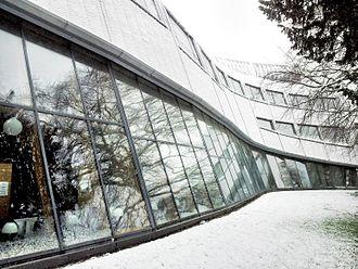 Faculty of Education, University of Cambridge - Library in winter, Faculty of Education, University of Cambridge
