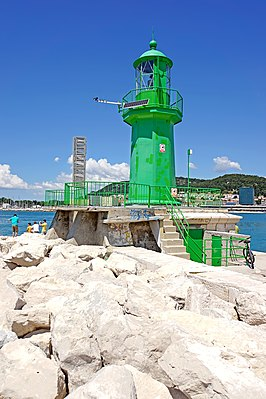 Lighthouse Croatia-01469 - Split Lighthouse (9551588583).jpg