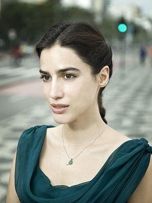 Lila Azam Zanganeh - Photo by Marcelo Correa