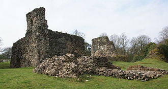 Scottish Marches - Lochmaben Castle, fortress of the Scottish Western March