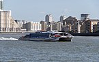London MMB »0M2 River Thames and Cyclone Clipper.jpg