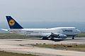 Lufthansa, B747-400, D-ABVK (17132785134).jpg