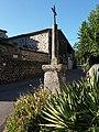 Lussas - Chemin des Barbiers, croix (1).jpg