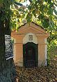 Mírová pod Kozákovem, Chloumek, small chapel.jpg