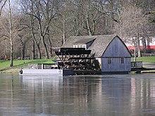 Schiffmühle in Minden, Nordrhein-Westfalen, an der Weser. Die Schiffmühle ist Teil der Westfälischen Mühlenstraße.