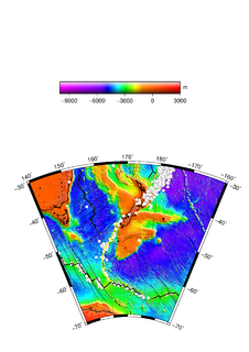 A transform fault on the seafloor of the south Pacific Ocean from New Zealand southwestward to the Macquarie Triple Junction