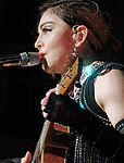Madonna 27 (24600225720) (2) cropped.jpg